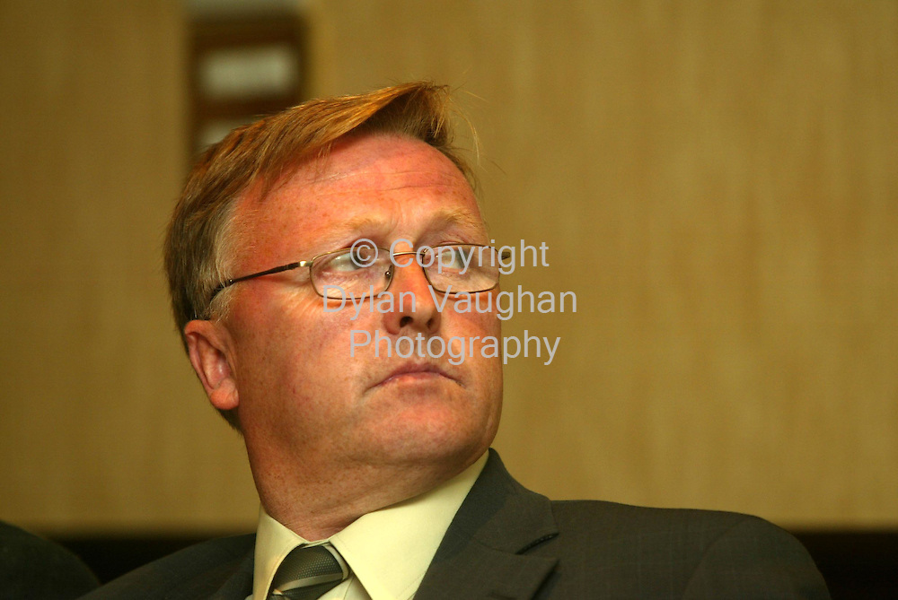 28/8/2003.Farming Independent.John Dillon pictured at the IFA meeting at the Seven Oaks Hotel in Carlow last Thursday Evening..Picture Dylan Vaughan