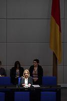 24 MAR 2017, BERLIN/GERMANY:<br /> Verena Bentele, Beauftragte der Bundesregierung<br /> fuer die Belange von Menschen mit Behinderungen, auf der Regierungsbank, waehrend der Bundestagesdebatte zum Teilhabebericht der Bundesregierung 2016, Plenum, Deutscher Bundestag<br /> IMAGE: 20170324-01-019