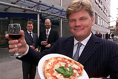 SEP 4 2000 Pizza Express PLC