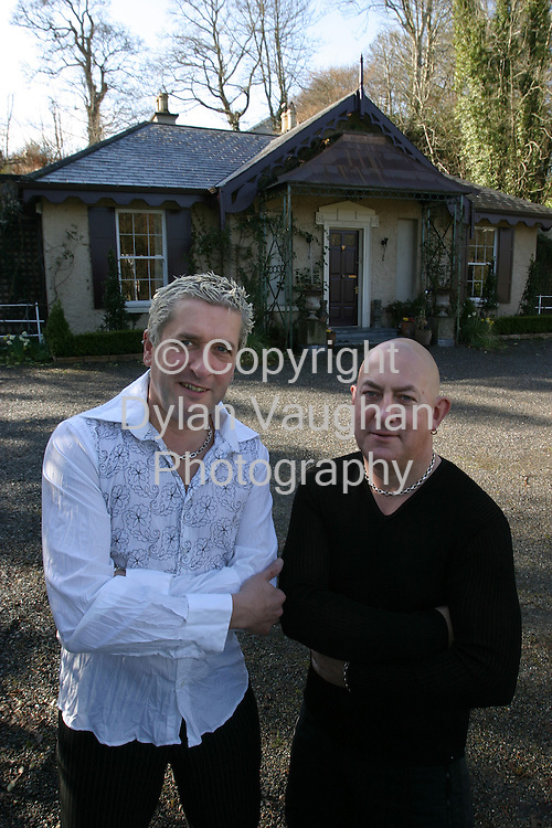22/3/2004.Alan Walton (left) and Tom Dunkin at the Motte in Inistioge..Picture Dylan Vaughan
