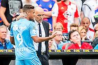 ROTTERDAM - Feyenoord - Willem II , Voetbal , Seizoen 2015/2016 , Eredivisie , Stadion de Kuip , 13-09-2015 , Willem II speler Richairo Zivkovic (l) wordt vroeg in de 1e helft gewisseld en is in gesprek met Willem II trainer Jurgen Streppel (r)