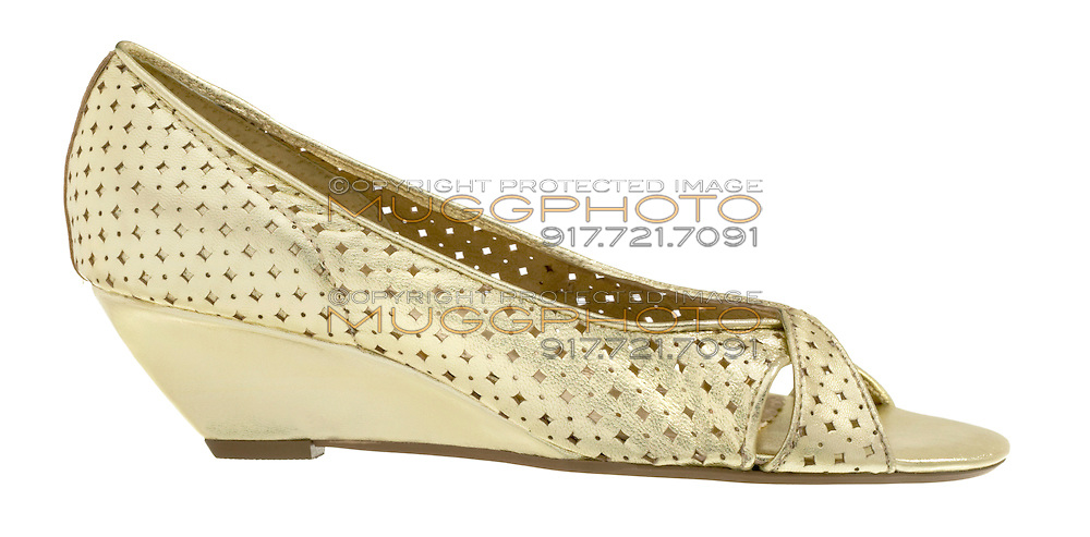 seychelles gold shoe