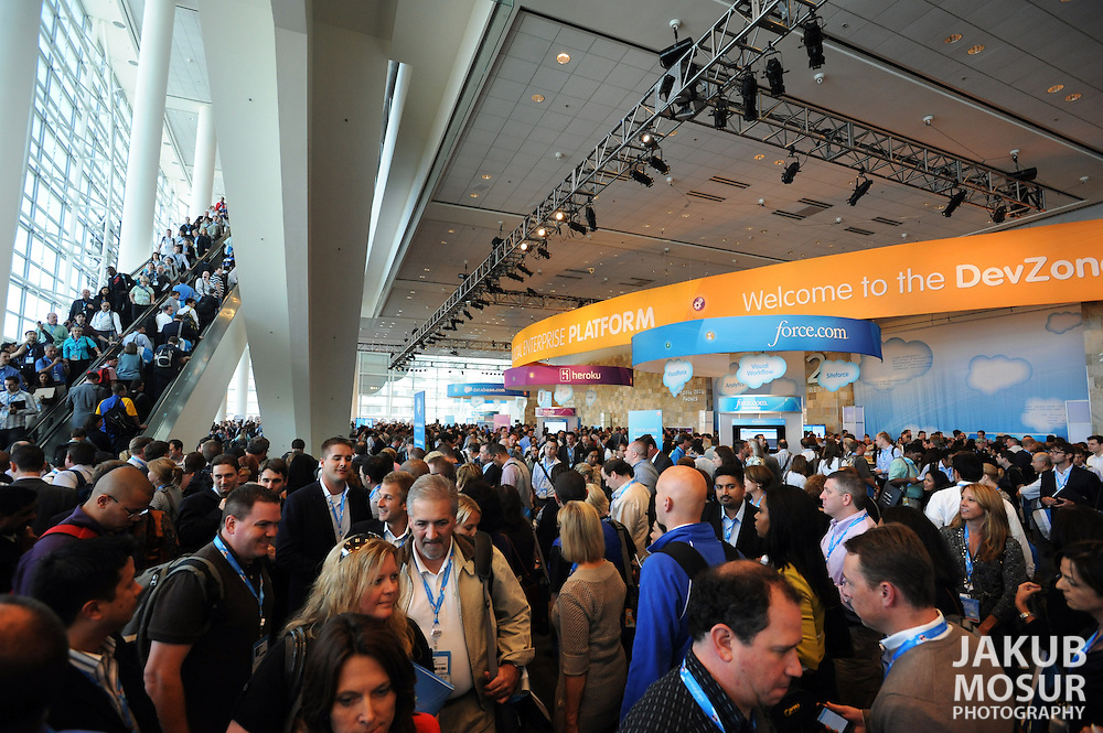 Developers, app-builders, and techies gather in the DevZone at Dreamforce 2011, Salesforce.com's user and developer conference at the Moscone Convention Center in San Francisco held from August 30 to September 2, 2011. (© Photo by Nader Khouri)