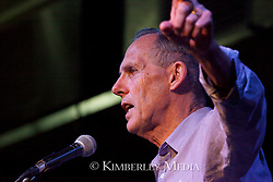 Outgoing Senator Bob Brown addresses the crowd at a community meeting in Broome, June 2012.
