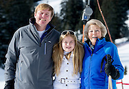 23-2-2015 LECH AM ARLBERG -  King Willem-Alexander, Queen Maxima, Princess Amalia, Princess Alexia, Princess Ariane and pricess Beatrix of The Netherlands pose for the media during their wintersport holiday in Lech am Arlberg, Austria, 23 Februari 2014.  COPYRIGHT ROBIN UTRECHT