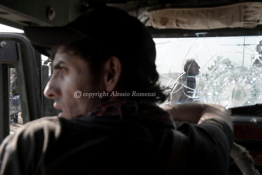 Iraq, Bazwaia: Iraqi special forces solder. Alessio Romenzi