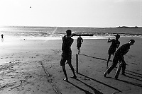 Aksa Beach, India: Cricket near Mumbai