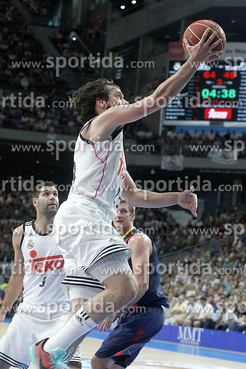 21.06.2015, Palacio de los Deportes, Madrid, ESP, Liga Endesa, Real Madrid vs Barcelona, Finale, 2. Spiel, im Bild Real Madrid's Sergio Llull // during the second match of Liga Endesa final's between Real Madrid vs Barcelona at the Palacio de los Deportes in Madrid, Spain on 2015/06/21. EXPA Pictures &copy; 2015, PhotoCredit: EXPA/ Alterphotos/ Acero<br /> <br /> *****ATTENTION - OUT of ESP, SUI*****