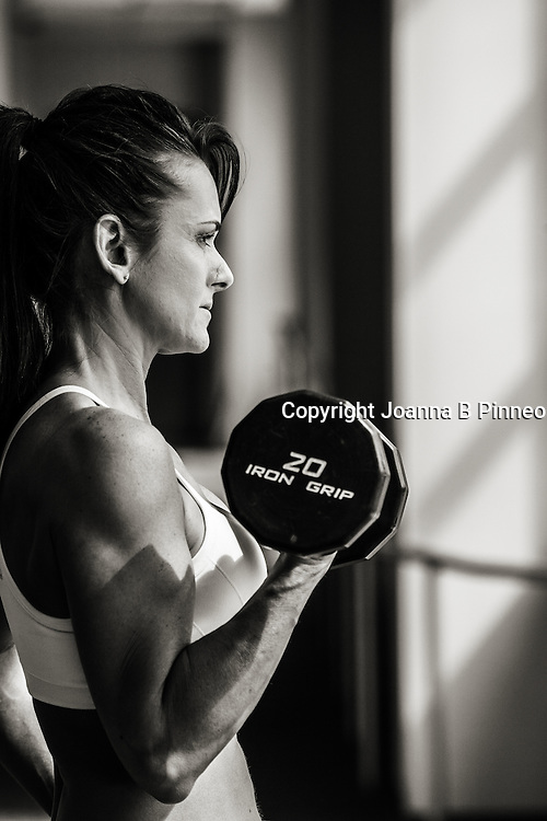 Teri Lynn works out regularly at the gym. Lifestyle portrait for Chaos 2 Calm.