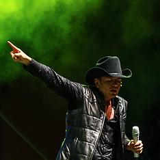 El Dasa Performs at 38th Fiestas Santa Ana.