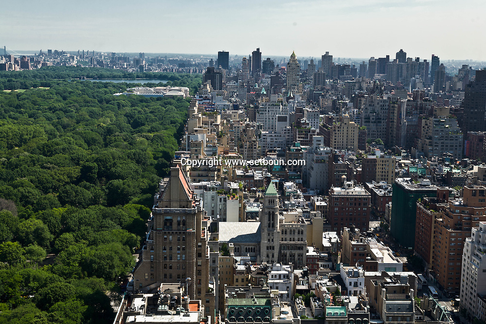 New York. elevated view on Manhattan skyline, skyscrapers of central park east  New York - United states / le skyline de Manhattan la ligne des gratte-ciel de central park east  New York - Etats unis