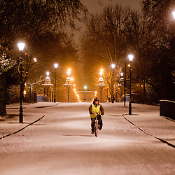 London, UK - 18 January 2013: Victoria Park gets covered in snow as UK face severe weather<br />