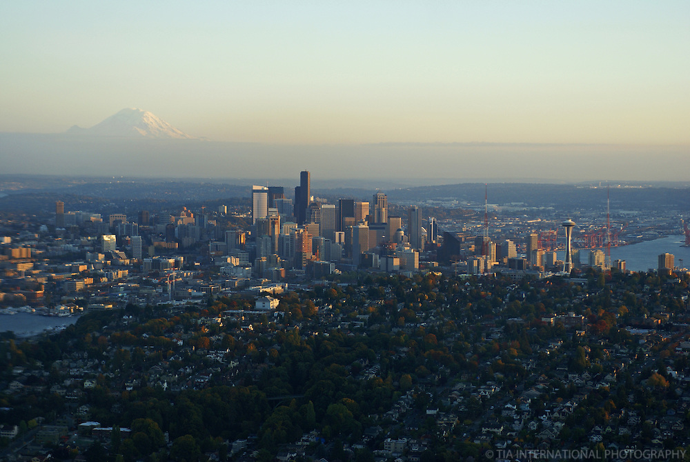 Seattle Skyline, Queen Anne Hill & Mount Rainier