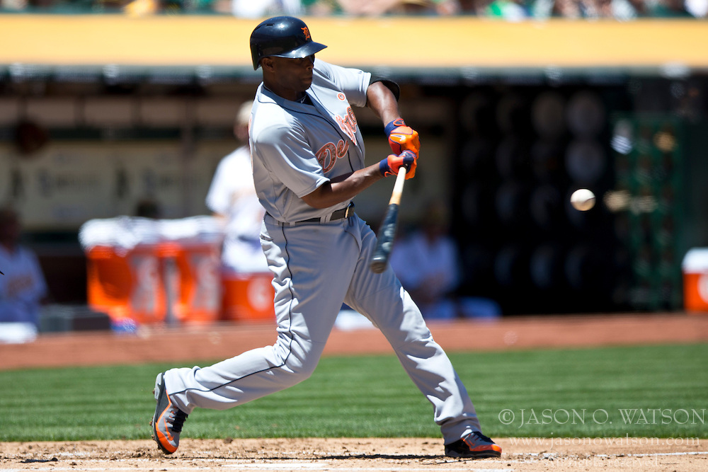 OAKLAND, CA - MAY 26:  Torii Hunter #48 of the Detroit Tigers at bat against the Oakland Athletics during the second inning at O.co Coliseum on May 26, 2014 in Oakland, California. The Oakland Athletics defeated the Detroit Tigers 10-0.  (Photo by Jason O. Watson/Getty Images) *** Local Caption *** Torii Hunter