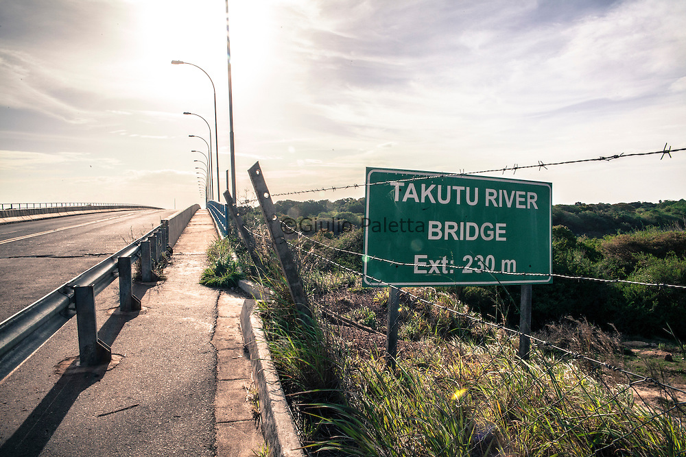 Takutu bridge, linking now Guyana and Brazil over the Takutu river. The bridge has been finished and opened in 2009. After the aperture of the bridge the commerce between the two countries has developed increasingly and the town of Lethem, in Guyana has taken more advantage out of it compared to Bonfim on the Brazilian side, which suffered a lot from the lack of investments in town