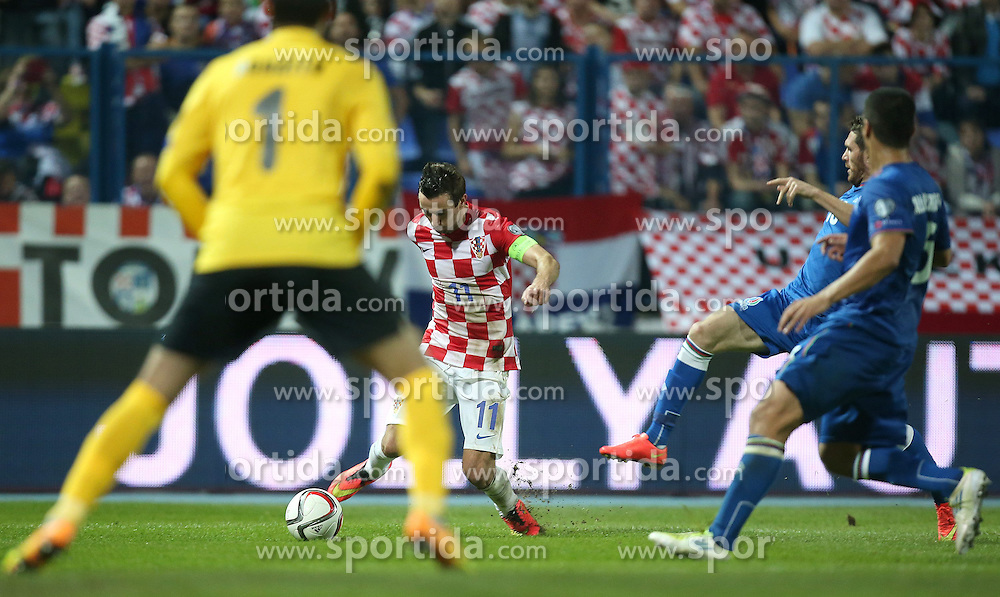 13.10.2014, Stadion Gradski vrt, Osijek, CRO, UEFA Euro Qualifikation, Kroatien vs Aserbaidschan, Gruppe H, im Bild Darijo Srna // during the UEFA EURO 2016 Qualifier group H match between Croatia and Azerbaijan at the Stadion Gradski vrt in Osijek, Croatia on 2014/10/13. EXPA Pictures &copy; 2014, PhotoCredit: EXPA/ Pixsell/ Igor Kralj<br /> <br /> *****ATTENTION - for AUT, SLO, SUI, SWE, ITA, FRA only*****