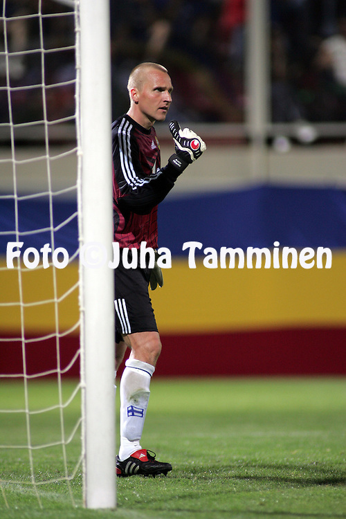 18.08.2004, Giulesti Stadium, Bucharest, Romania..FIFA World Cup 2006 Qualifying Match, .Romania v Finland..Antti Niemi - Finland.©Juha Tamminen.....ARK:k
