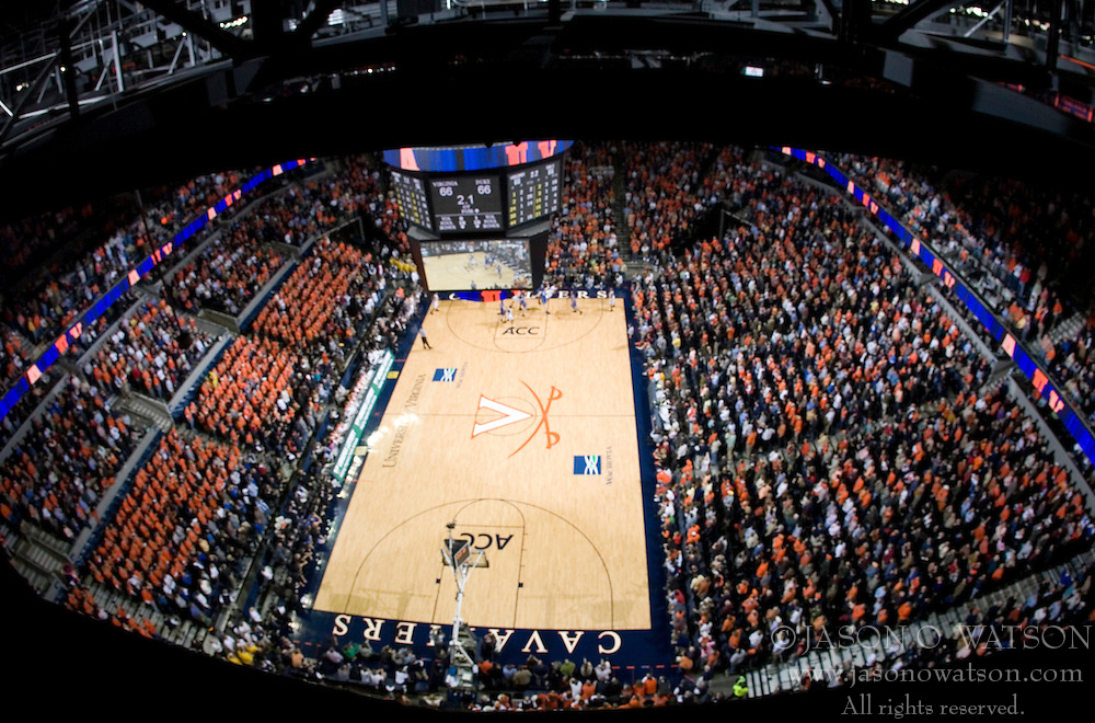 Virginia's Sean Singletary (44) hit a one-handed falling fade-away with 1 second left in overtime to give as The University of Virginia Cavaliers beat the #8 ranked Duke University Blue Devils 68-66 in overtime at the John Paul Jones Arena in Charlottesville, VA on February 1, 2007...