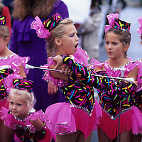 USA, Maryland, Drum majorettes wait for start of rainy parade at Garrett County Autumn Glory Festival in Oakland