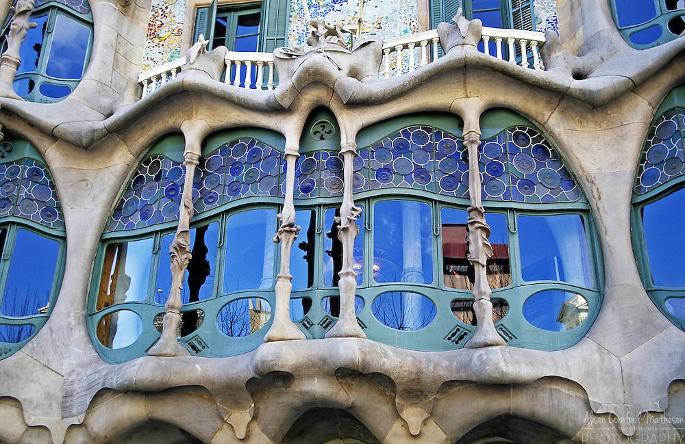 "Casa Batlló is a building on the Illa de la Discòrdia (the ""Block of Discord"") in the Eixample district of Barcelona, Spain. It was restored in part by Antoni Gaudi."