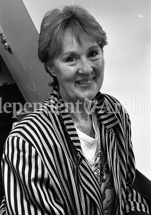 Actress Joan O'Hara of Fair City, 03/08/1992 (Part of the Independent Newspapers Ireland/NLI Collection).