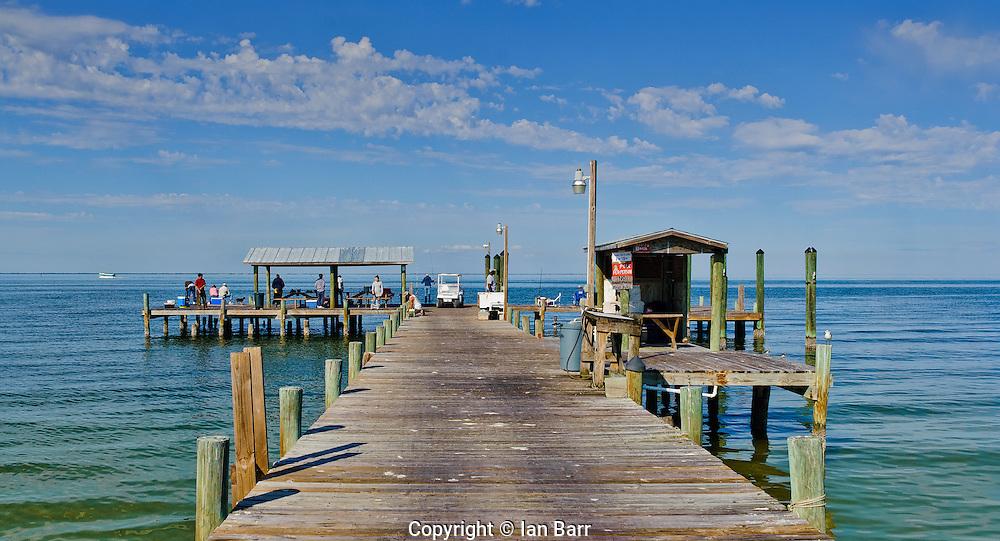 Pine island fishing pier ian barr for Florida gulf coast fishing