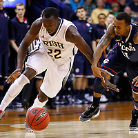 SOUTH BEND, IN - JANUARY 12: Jerian Grant #22 of the Notre Dame Fighting Irish and Ryan Boatright #11 of the Connecticut Huskies chase down a loose ball at Purcel Pavilion on January 12, 2012 in South Bend, Indiana. Connecticut defeated Notre Dame 65-58. (Photo by Michael Hickey/Getty Images) *** Local Caption *** Jerian Grant; Ryan Boatright