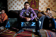 ©Stefano Meluni.26-03-2010 Roma .Campo Rom di Tor dei Cenci, il campo fu dato in uso a tre gruppi di famiglie, due Bosniache, una Macedone, dall'allora sindaco Rutelli Francesco. E' stato il primo campo attrezzato dove hanno spostato nel 2002 alcune famiglie dal Casilino 700.In the picture:.