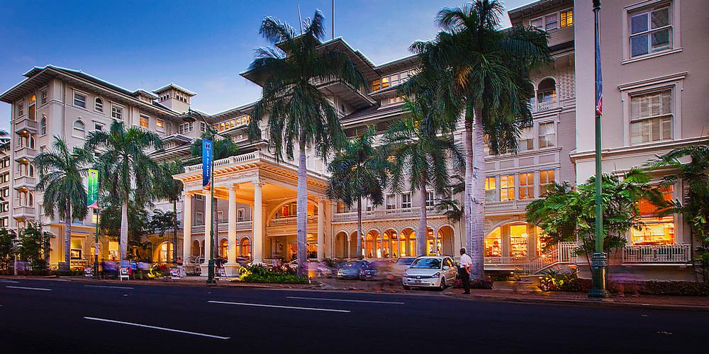 Moana Hotel, Waikiki, Hawaii at dusk