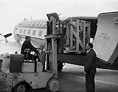 1959 - Intertype machine being unloaded from Aer Lingus freighter