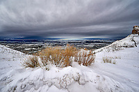 Winter panorama in Colorado from Mesa Verde National Park. Image taken with a Nikon D3 camera and 14-24 mm f/2.8 lens (ISO 200, 14 mm, f/11, 1/1250 sec).