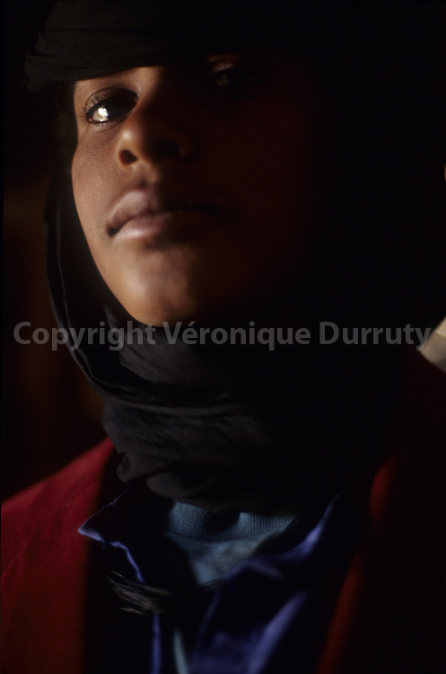 TUAREG TEENAGER, AIR, NIGER