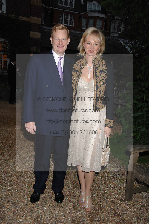 The EARL &amp; COUTESS OF DERBY at the annual Cartier Chelsea Flower Show dinner held at the Chelsea Physic Garden, London on 21st May 2007.<br /><br />NON EXCLUSIVE - WORLD RIGHTS