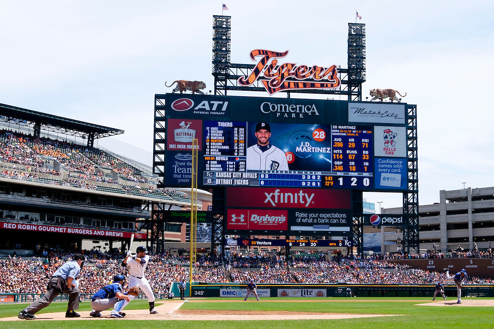 Aug 6, 2015; Detroit, MI, USA; General view as Kansas City Royals starting pitcher Yordano Ventura (30) pitches to Detroit Tigers right fielder J.D. Martinez (28) in the second inning at Comerica Park. Mandatory Credit: Rick Osentoski-USA TODAY Sports