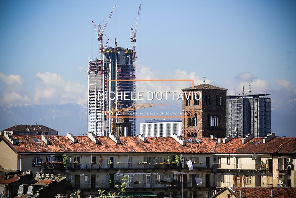 Torino, cantiere del grattacielo Torre Intesa Sanpaolo progettato da Renzo Piano.. 13 maggio 2013