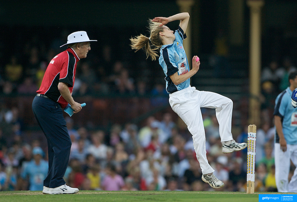 Ellyse Perry in action during Australia's Big Bash Cricket match to raise money for the Victorian Bushfire Appeal at the Sydney Cricket Ground, Sydney, Australia on February 22, 2009. The match was attended by over 20,000 spectators.  Photo Tim Clayton