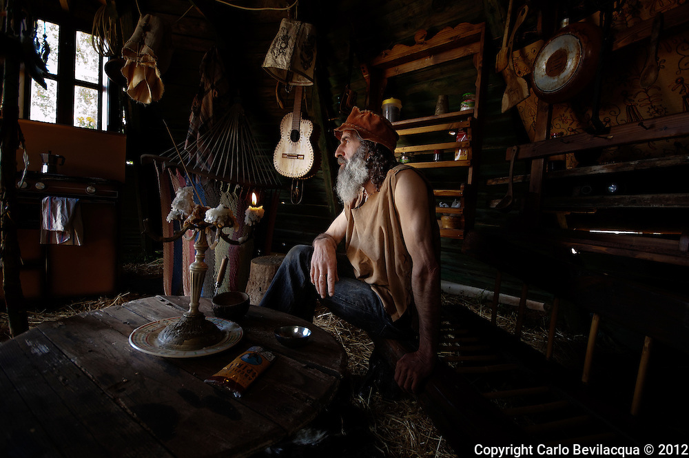 Alfredo. After living as a craftsman in northern Italy, he retired in Calabria, southern Italy, where he was born, to live in nature with its animals. His life is inspired by American Indians