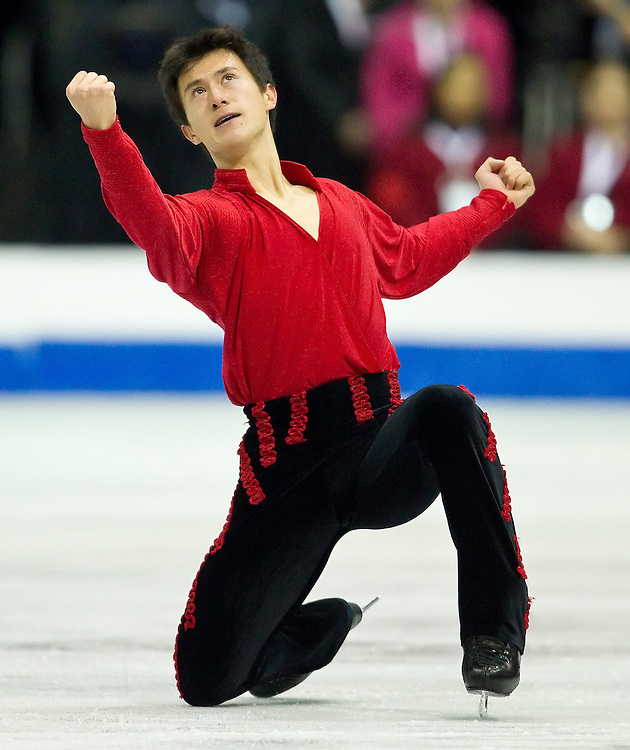 GJR417 -20111029- Mississauga, Ontario,Canada-  Patrick Chan of Canada finishes his free skate at Skate Canada International, in Mississauga, Ontario, October 29, 2011.<br /> AFP PHOTO/Geoff Robins