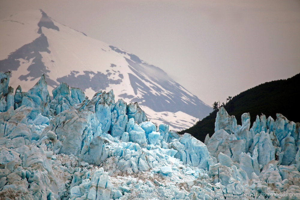 North America, USA, Alaska.  Hubbard Glacier, an advancing tidewater glacier popular for viewing from cruiseships.