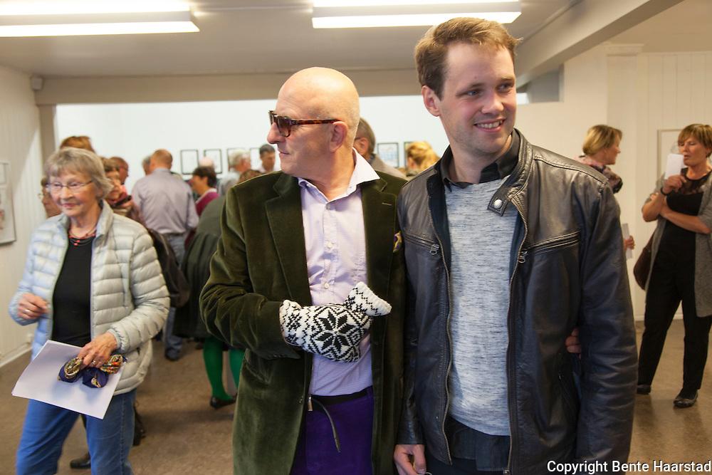 Utstillingsåpning, Kjell Erik Killi Olsen og Andreas Widerøe Hagen. Neadalen Kunstforening, Selbu i Sør-Trøndelag.