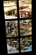 France, Languedoc Roussillon, Gard, Uzège, Uzès, le marché