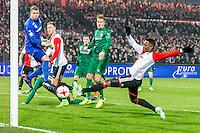 ROTTERDAM - Feyenoord - FC Groningen , Voetbal , Eredivisie , Seizoen 2016/2017 , Feijenoord stadion de Kuip , 11-02-2017 ,  eindstand 2-0 , Grote kans voor Feyenoord speler Nicolai Jorgensen (2e l) en Feyenoord speler Eljero Elia (r)