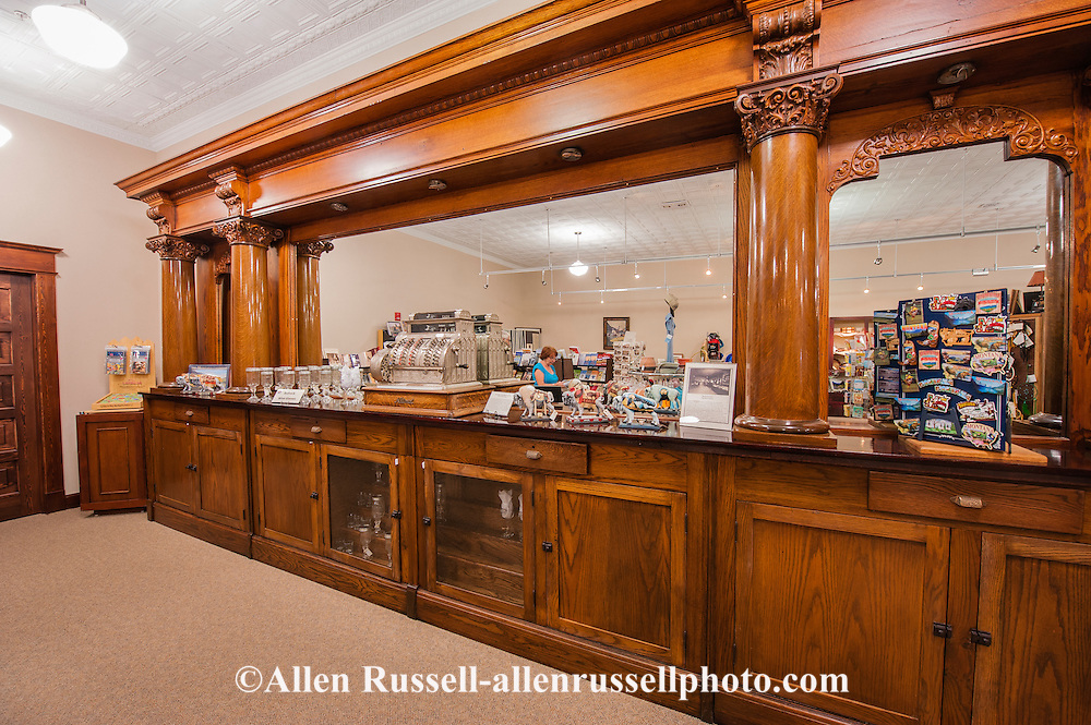 Hardin (MT) United States  City new picture : ... County Historical Museum, Visitor Center, Hardin Montana, antique bar