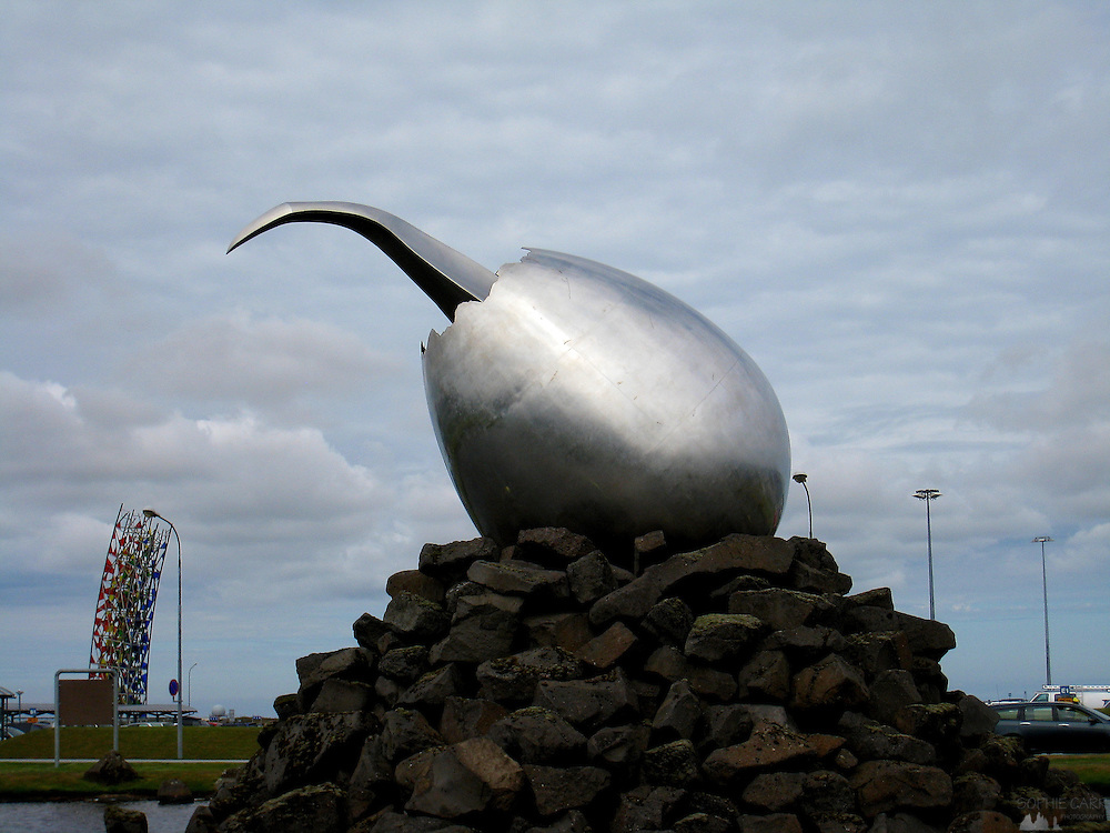 This is the Jet Nest, a sculpture designed by Magnús Tómasson, found outside the terminal building of Keflavik airport.