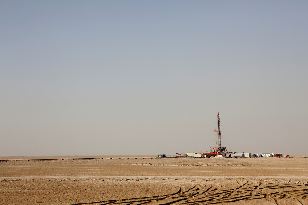 An oil rig in the desert on Saturday, October 23, 2010 near Basrah, Iraq.