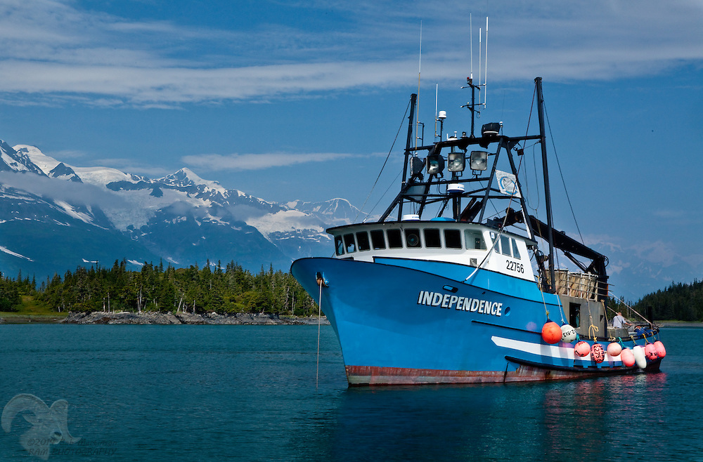 F/V Independence anchored in Coghill Lagoon   Bob ...