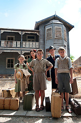 Lara Robinson as Young Rose Pickles, Essie Davis as Dolly Pickles, Reece Sardelic as Young Chub Pickles, Stephen Curry playing Sam Pickles & William Mattock as Young Ted Pickles  - Cloud Street. Photograph by David Dare Parker Scene 1-49c Pt 1