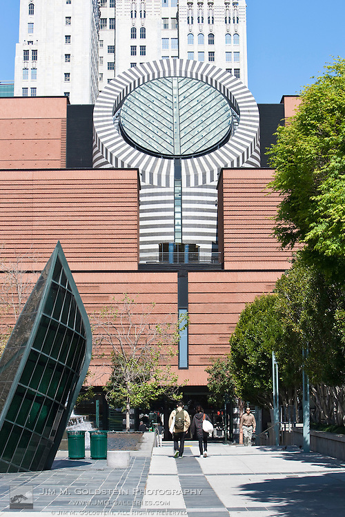 San francisco museum of modern art jim m goldstein for Museum of craft and design sf