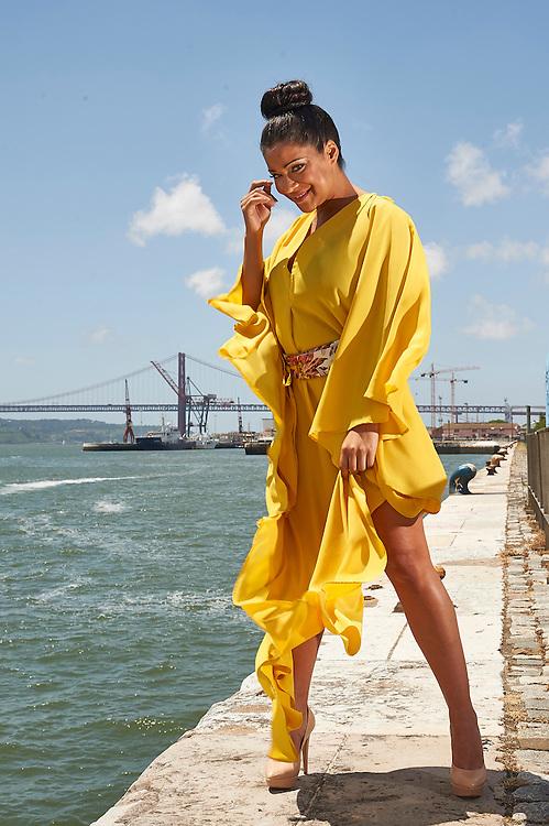 Lisboa, 26/05/2016 - A fadista Raquel Tavares est&aacute; num momento alto da sua carreira, com o lan&ccedil;amento do novo disco &quot;Raquel&quot; e com uma agenda preenchida de concertos bem sucedidos.<br /> (Paulo Alexandrino / Global Imagens)