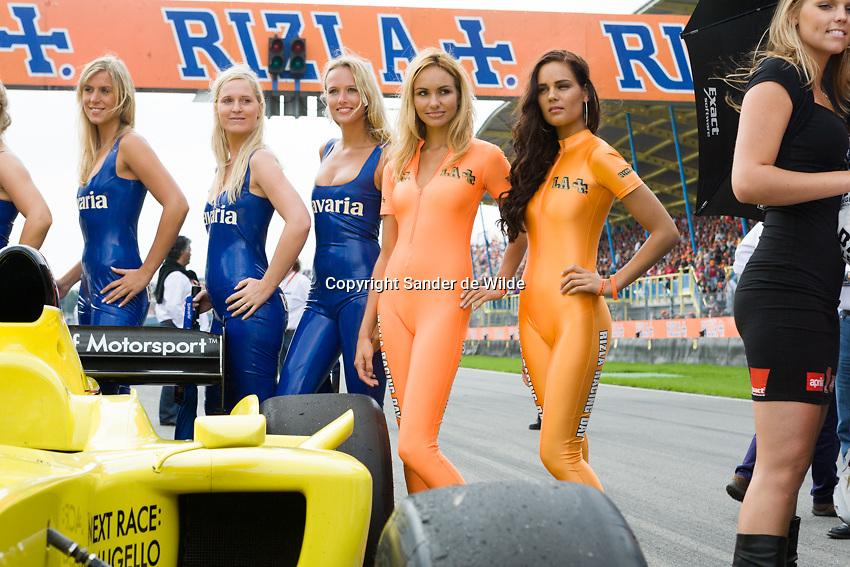 Rizla Racing days op het TT circuit in Assen 2008.promotiegirls bavaria en rizla